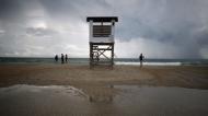 Ураганът Флорънс наближава САЩ с 25-метрови вълни